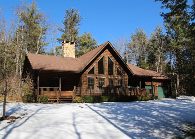 60 Beech Tree Ln, Becket, MA 01223