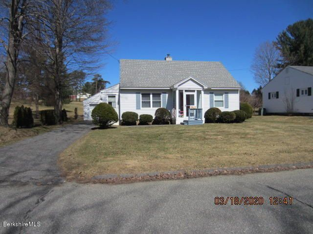 270 Allengate Ave, Pittsfield, MA 01201