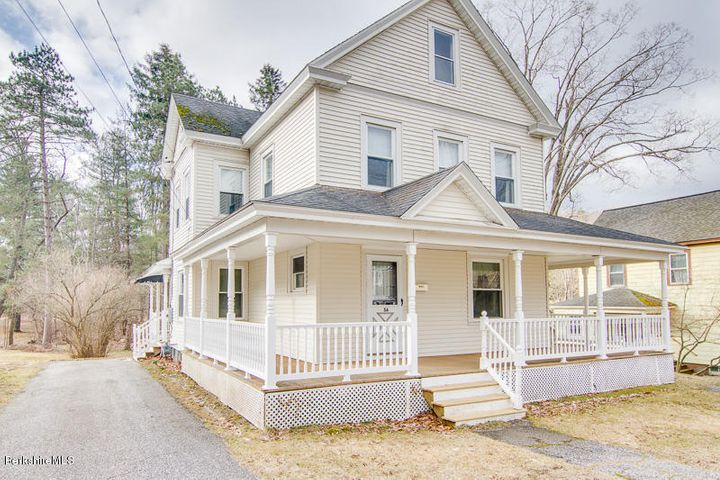 56 East Center St, Lee, MA 01238