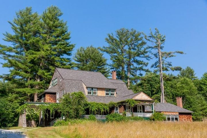 65 Rowe Rd, Egremont, MA 01230