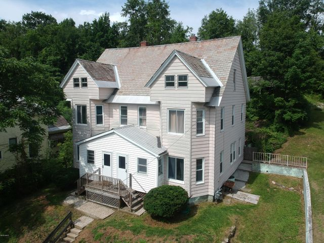 27 29 Forrest St, North Adams, MA 01247