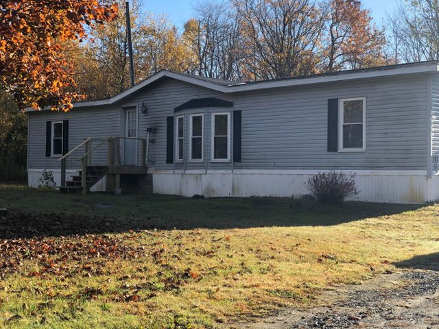 89 Griffin Hill Rd, Savoy, MA 01256