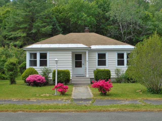 44 Catherine St, North Adams, MA 01247