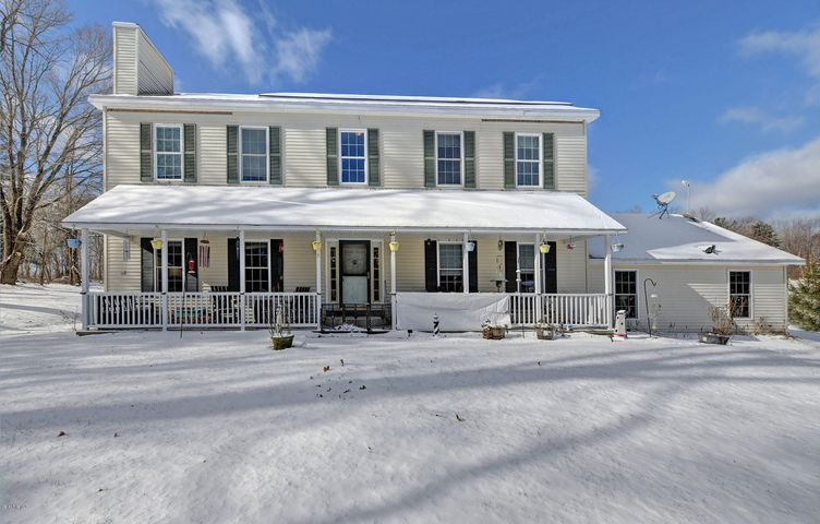 65 New Windsor Rd, Hinsdale, MA 01235