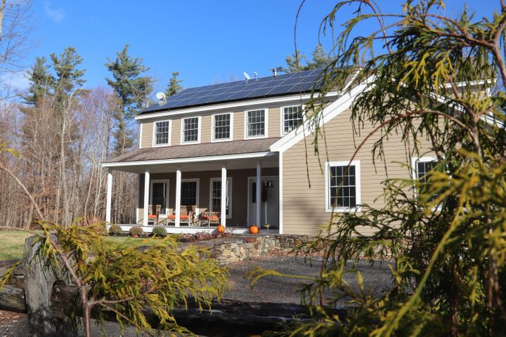 2 West St, Sandisfield, MA 01255