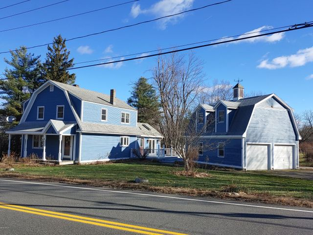2 Russell Stage Rd, Blandford, MA 01008