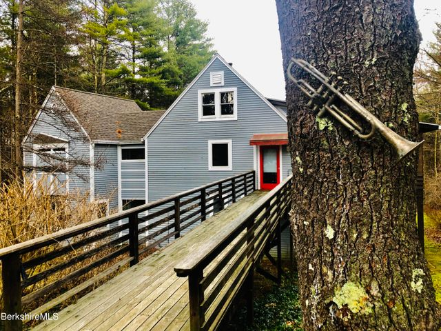224 Long Pond Rd, Great Barrington, MA 01230