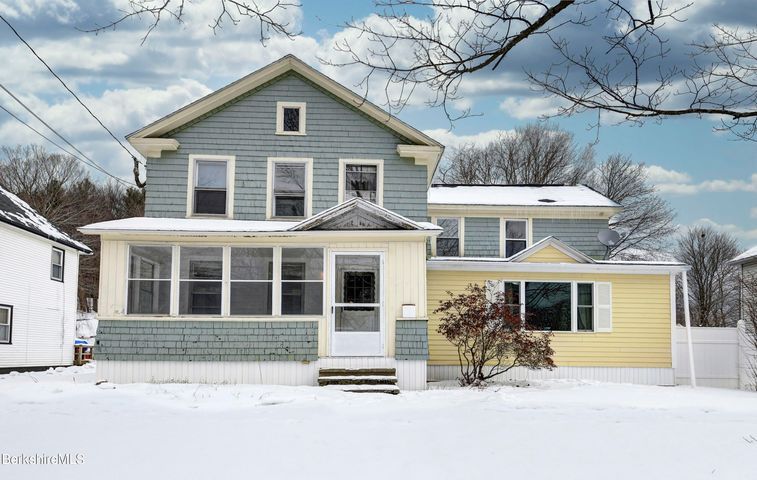 133 High St, Dalton, MA 01226