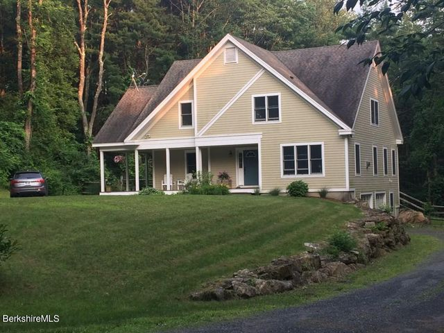 8 Hickory Hill Rd, Egremont, MA 01230
