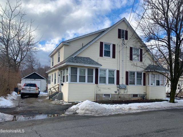 135-137 Dewey Ave, Pittsfield, MA 01201