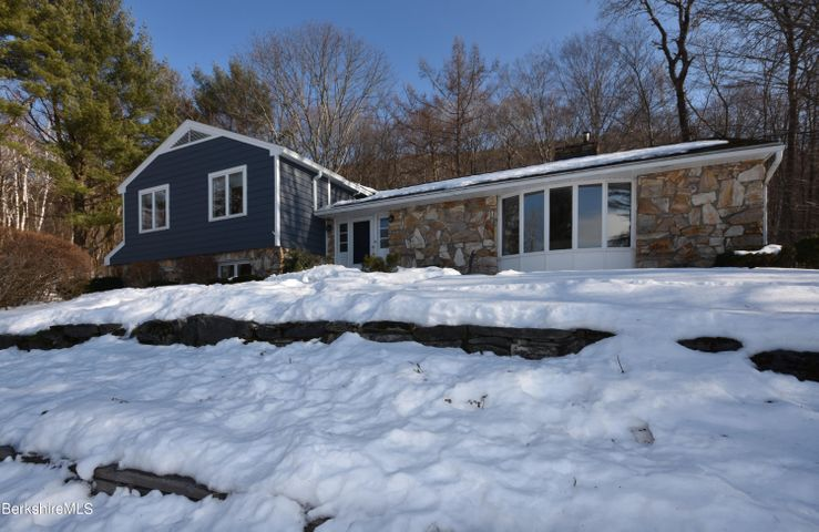 271 View Dr, Richmond, MA 01254