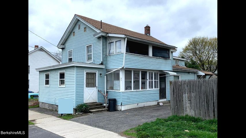 31 Lincoln St, Pittsfield, MA 01201