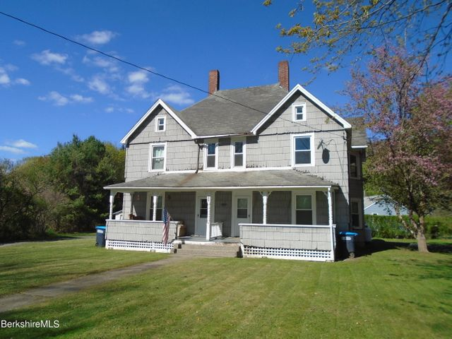 286 Park St, Great Barrington, MA 01230