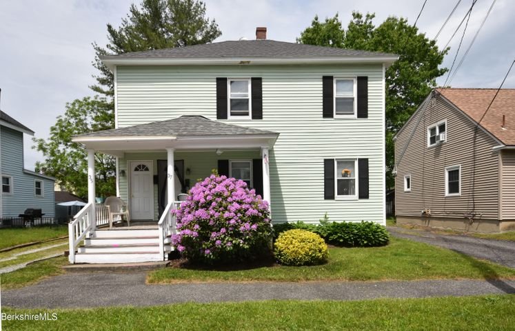 35 Belvidere Ave, Pittsfield, MA 01201
