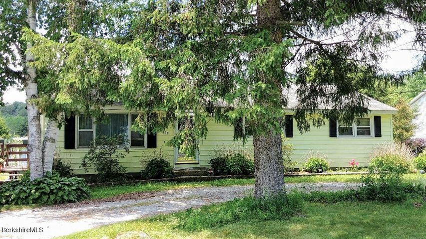 168 Fort Hill Ave, Pittsfield, MA 01201