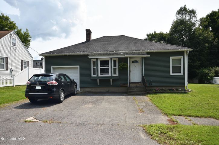 28 Norman Ave, Pittsfield, MA 01201