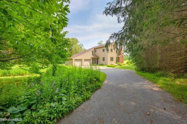 65 Green River Rd, Alford, MA 01266