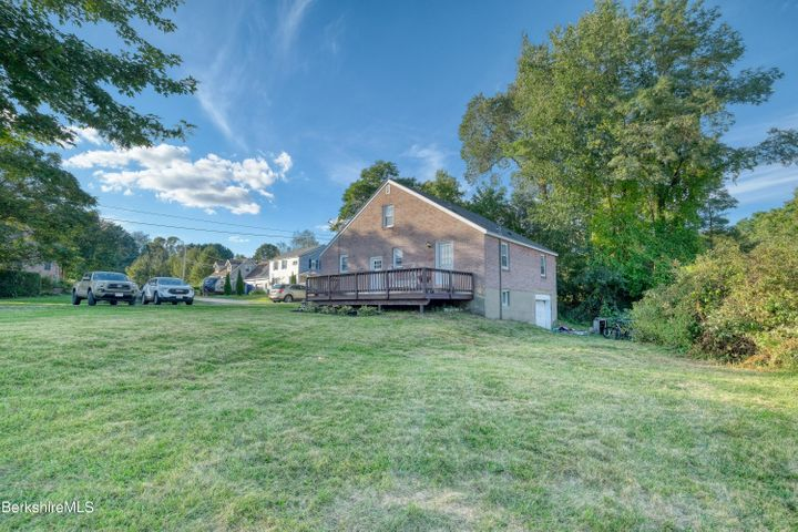 84 Clarkson Ave, Pittsfield, MA 01201