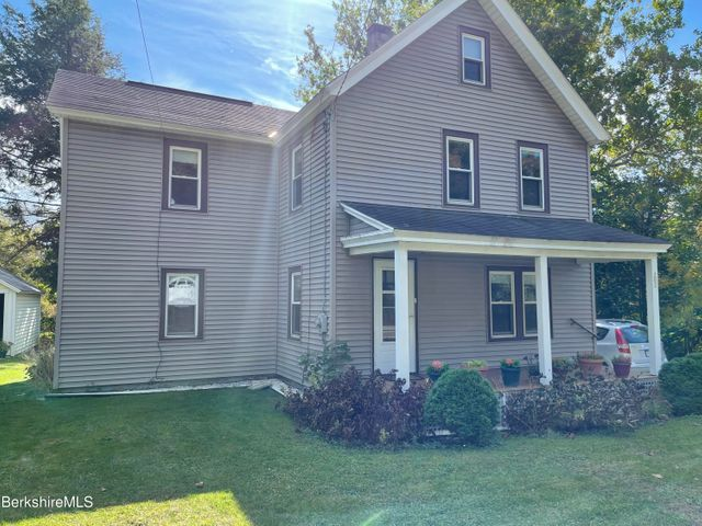 202 Cold Spring Rd, Williamstown, MA 01267