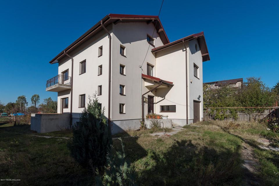 Vanzare Casa 308 m²
