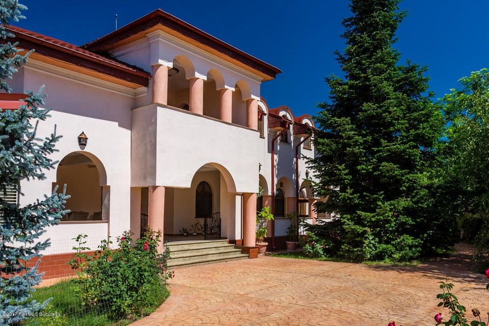 Vanzare Casa 640 m²
