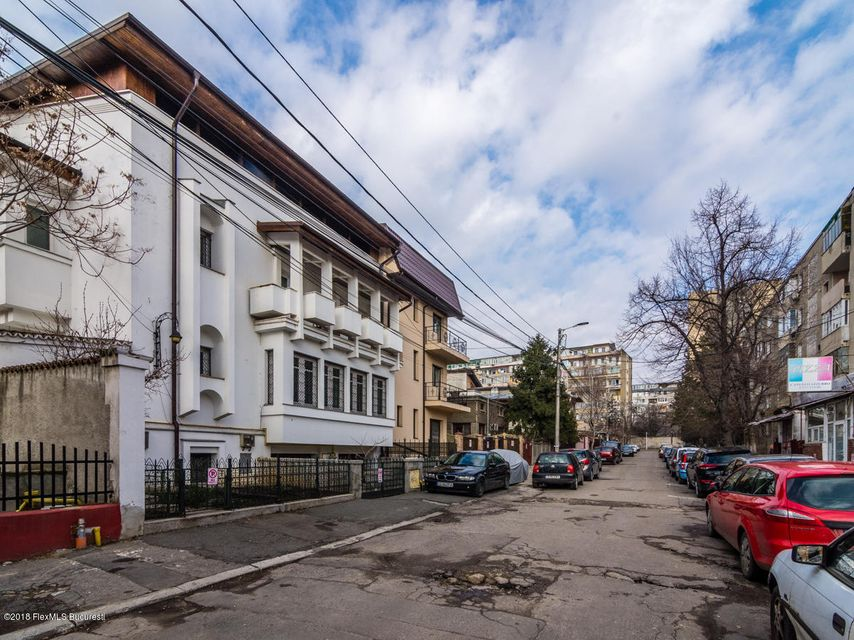 Vanzare Casa 525 m²