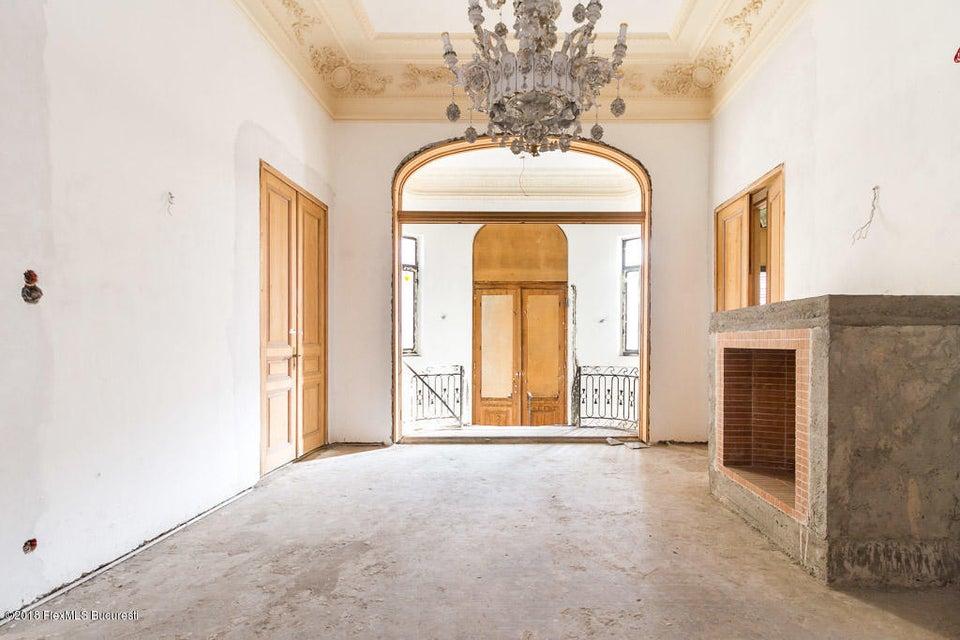Vanzare Casa 830 m²