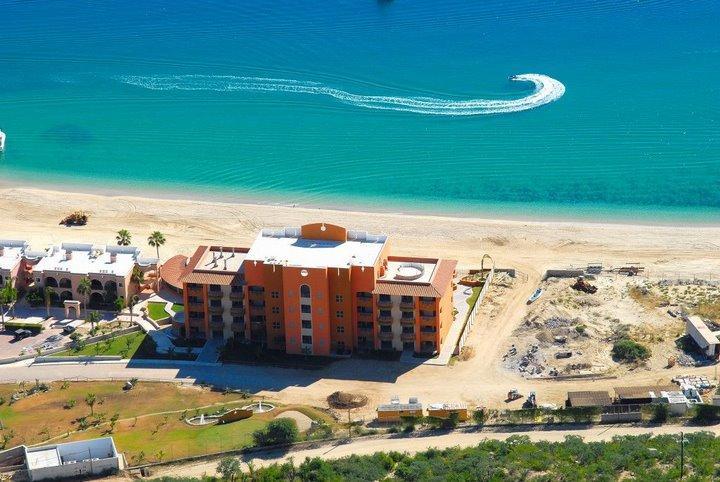 Villas de Cortez Palmas AVe, East Cape,