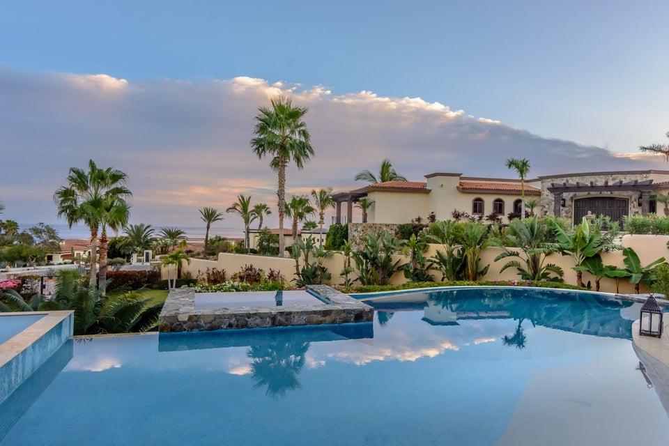 San Jose del Cabo,5 Bedrooms Bedrooms,5 BathroomsBathrooms,House,Padre Sistiaga,18-529