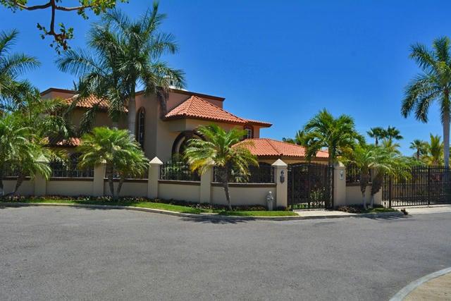 Image of a residential villa in La Jolla Residences, San Jose del Cabo, Mexico