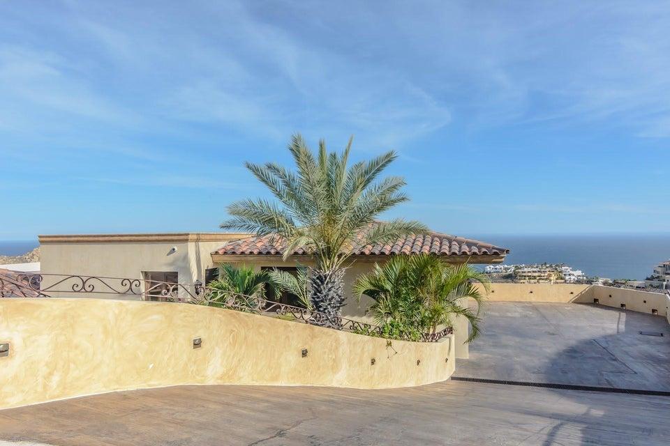 Cabo San Lucas,9 Bedrooms Bedrooms,10 BathroomsBathrooms,House,Callejon del Quijote,18-1398
