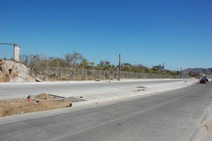 Blvd a Lomas del Sol, Prime Shopping Center Lot, Cabo San Lucas,