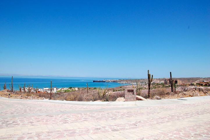 Cerrada del Diamante, Pedregal. Lot 1 Block 5, La Paz,