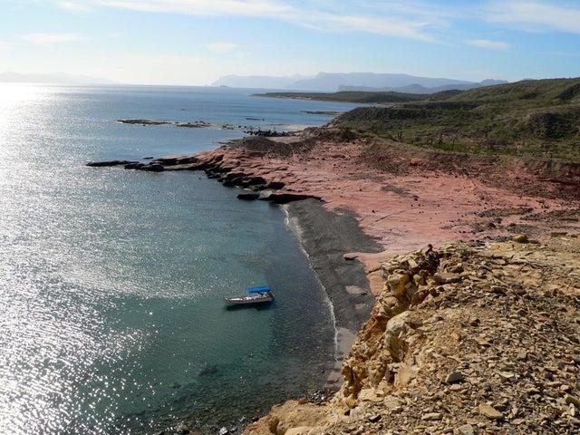 Between La Paz and Loreto, Montalban, La Paz,