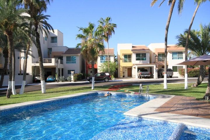 Manuel Encinas, Penthouse Ocean Oasis, La Paz,