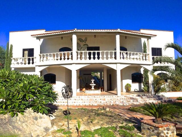 Casa Colonial, East Cape,