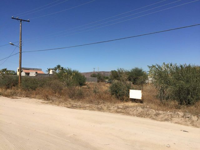 Isla San Marcos Street, Tabachines lot, La Paz,