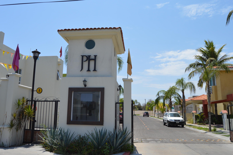 Valentin Gomez Farías, Puerta de Hierro, Casa #21, La Paz,