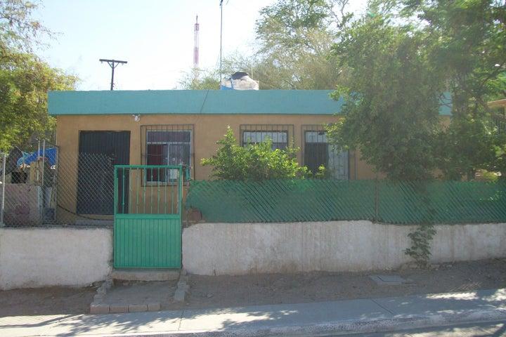 S/N Meliton Albañez Esq./Vicente, Casa Lucia, La Paz,
