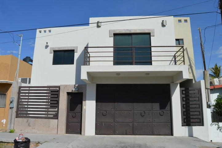 Melitón Albañez street, Marypeña House, La Paz,