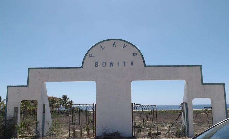 Playa Bonita Entrance