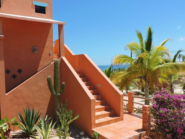 Oceanside in El Teso, El Teso Beachhouse, La Paz,