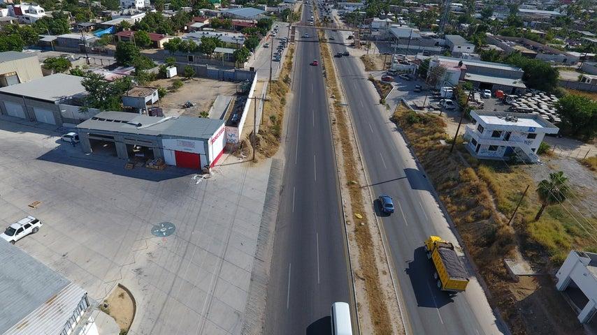 112 Carretera Transpeninsular, Bodega La Yardita zacatal, San Jose del Cabo,