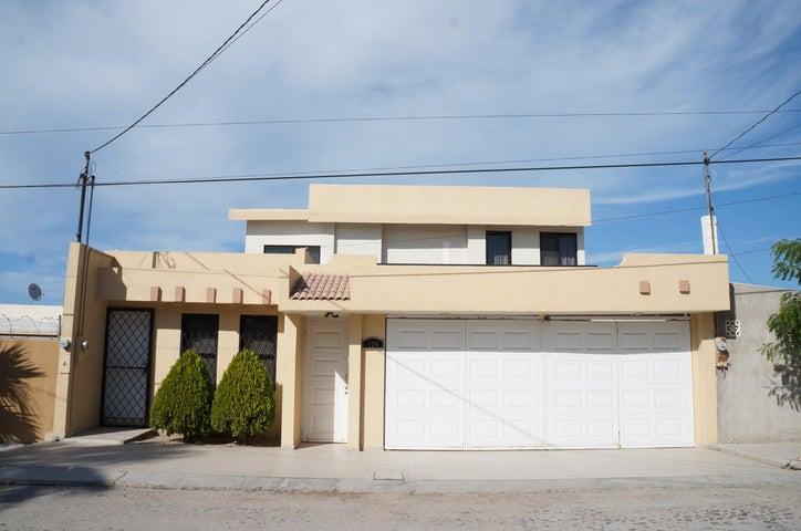 126 Santiago, Bella Rosalva, La Paz,