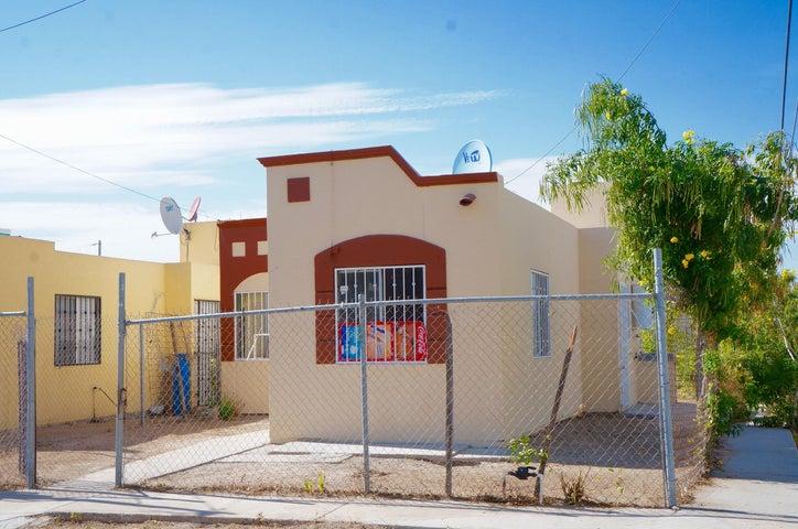 332 Rojo, Casa Arcoiris esquina, La Paz,