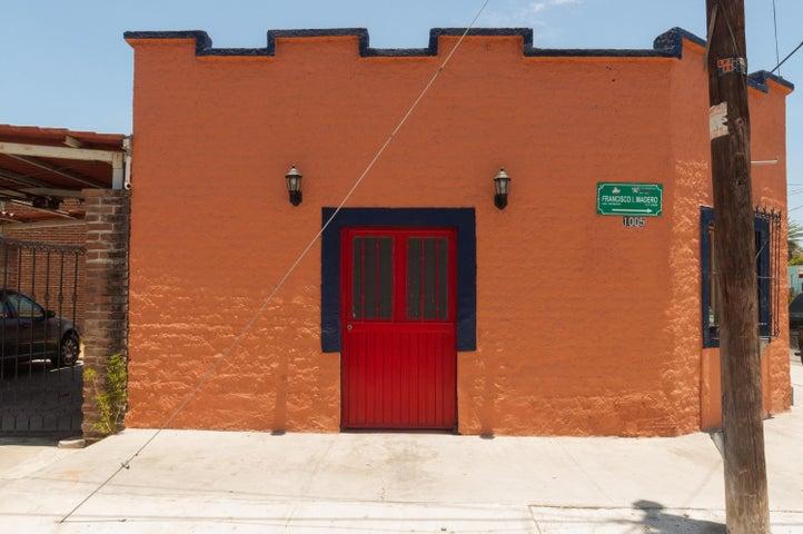 1005 Madero, Casa Casita, La Paz,