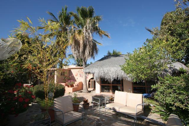 Casa de Allende, East Cape,