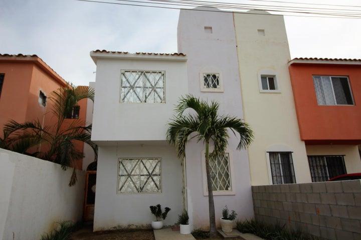 Calle Mar de China, Casa Rocher #23, Cabo San Lucas,