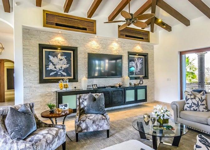 #8 Oasis Palmilla, Casa Kaiden, San Jose Corridor,