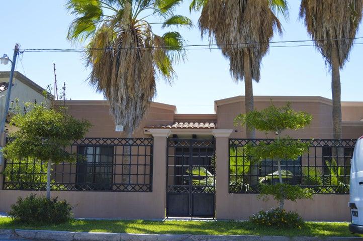 Calle Bugambilia, Casa California, La Posada, La Paz,